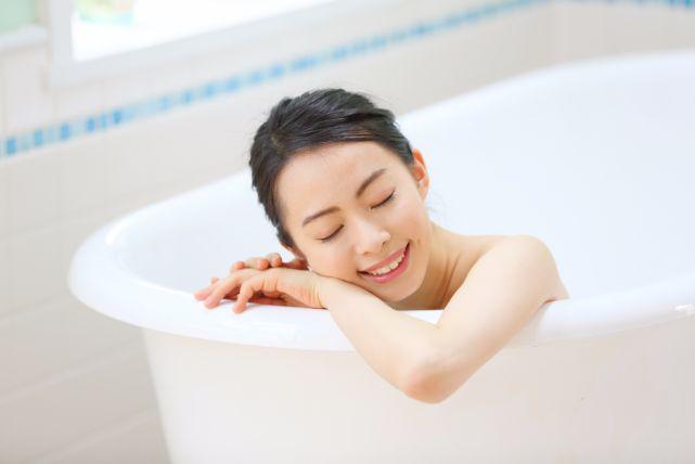 正しい髪の洗い方を徹底解説。間違いを積み重ねるのはヤバイですよ