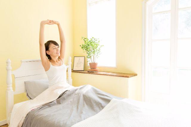 バタバタしがちな朝だから、簡単が良い!パパッと寝癖を直す方法