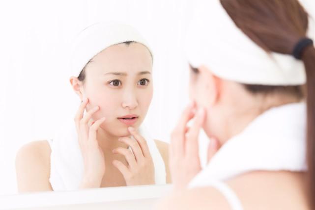 そばかすを消す化粧品は?効果的な成分と選び方のポイント2つ