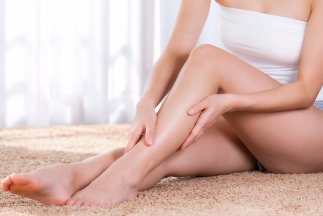 正座後の痛ーい「足のしびれ」。3分ですっきりさせる治し方