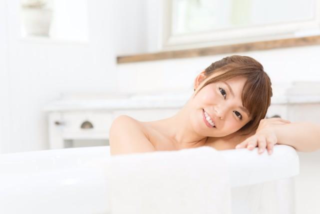 お風呂上がりの習慣に!美脚になれる足のストレッチまとめ