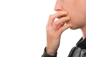 【意外と知らない爪のこと】深爪になる3つの原因と治し方