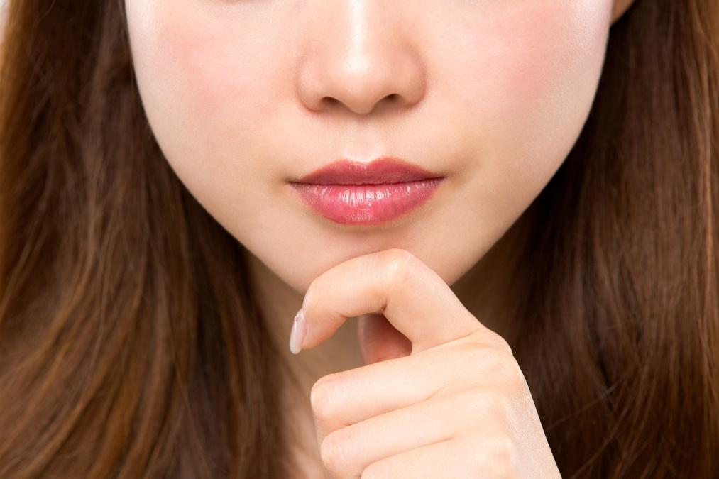【顔まわりがガッシリ】頬のエラ張りの3つの原因と解消法