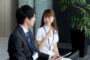 職場恋愛がバレるデメリットとバレないため方法